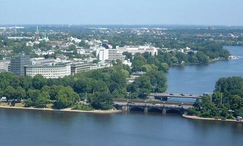 Alster è un affluente del fiume elba che scorre in germania